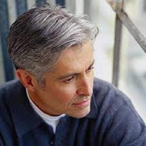Xua đi nỗi lo tóc bạc tuổi trung niên - Ảnh 1