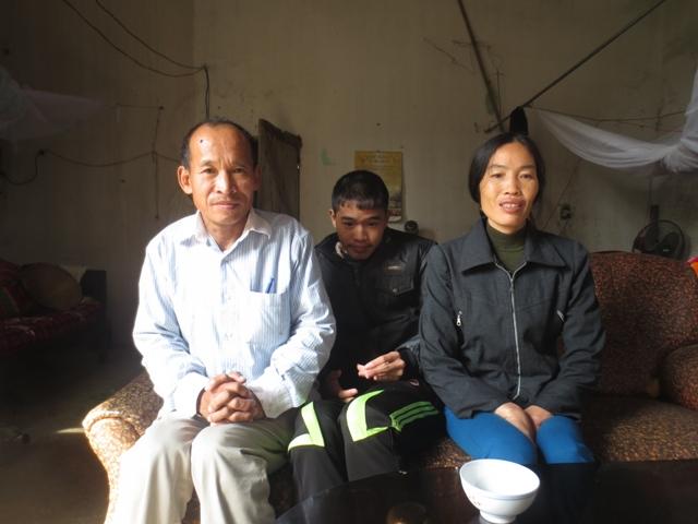 Tâm sự của người cha chăm 3 con tâm thần, vợ ung thư - Ảnh 1
