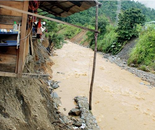 Thiệt hại do mưa lũ ở Tương Dương ước khoảng hơn 1,5 tỷ đồng - Ảnh 4