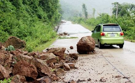 Thiệt hại do mưa lũ ở Tương Dương ước khoảng hơn 1,5 tỷ đồng - Ảnh 5