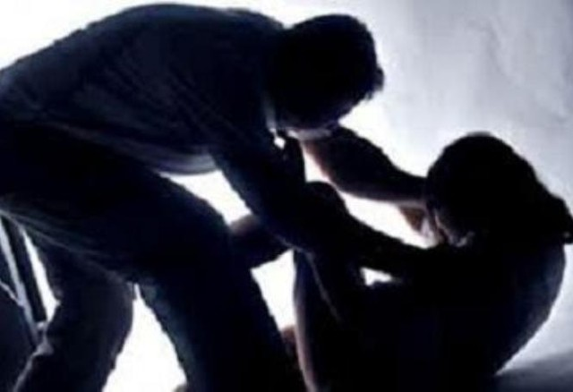 Tin lời xe ôm, gái quê bị hiếp dâm, cướp tài sản - Ảnh 1