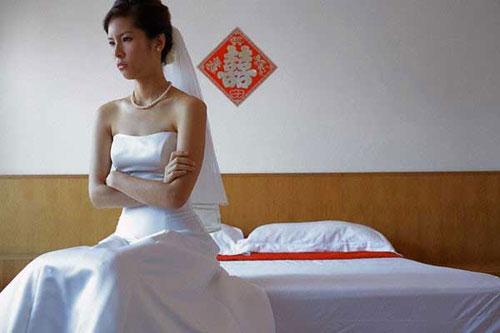 Vừa rước dâu xong, tôi đã phải quỳ lạy bố chồng - Ảnh 2