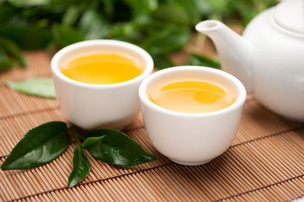 4 tác dụng phụ nguy hiểm từ trà xanh - Ảnh 1