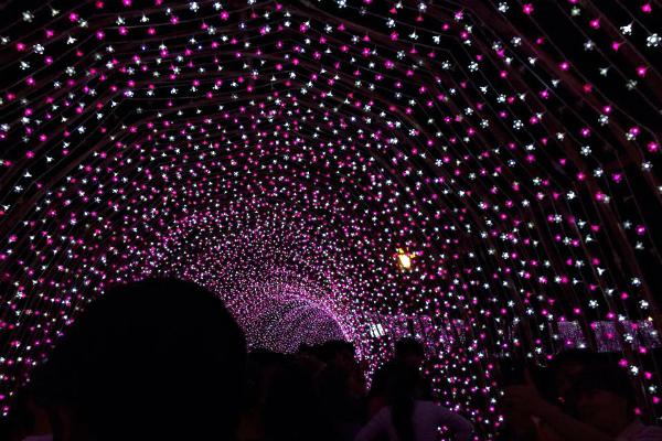 6 địa điểm chụp ảnh Noel 2014 hot nhất thành phố Hồ Chí Minh - Ảnh 5