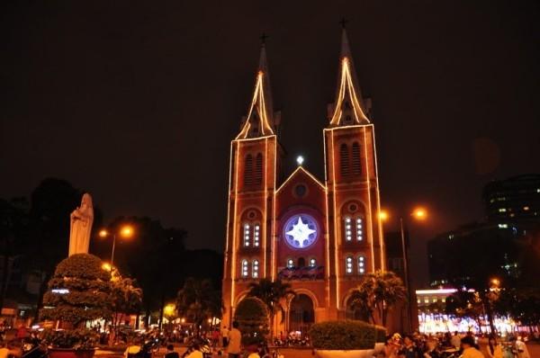 6 địa điểm chụp ảnh Noel 2014 hot nhất thành phố Hồ Chí Minh - Ảnh 3