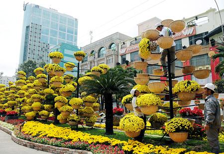 Điểm danh những địa điểm chụp ảnh Tết Ất Mùi đẹp nhất Sài Gòn - Ảnh 1