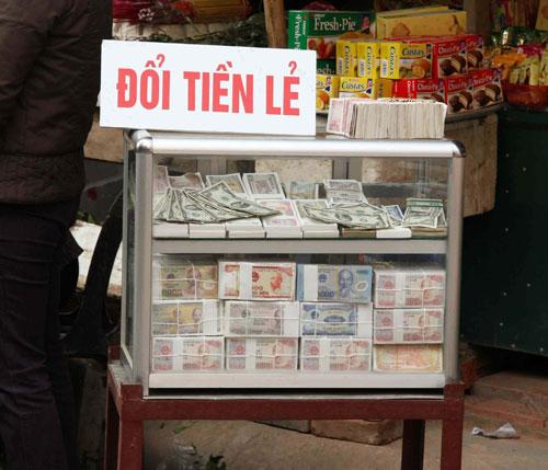 Những lệnh cấm mới mùa lễ hội Tết Nguyên đán 2015 - Ảnh 2