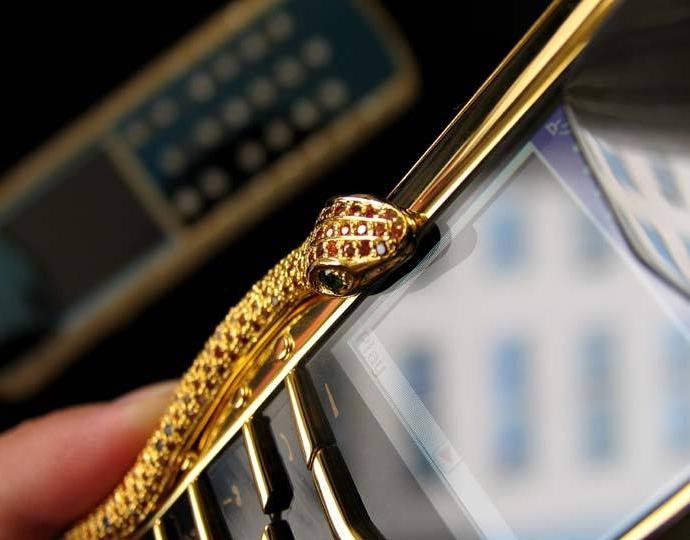 Điện thoại Vertu nạm kim cương và đá quý giá 7 tỷ đồng - Ảnh 10