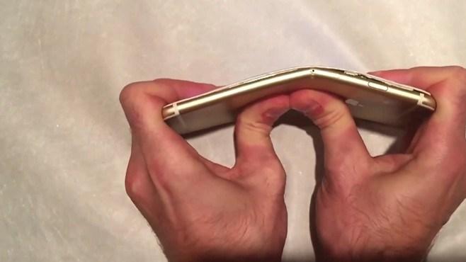 Apple cạch tạp chí thử nghiệm bẻ cong iPhone 6 Plus - Ảnh 1