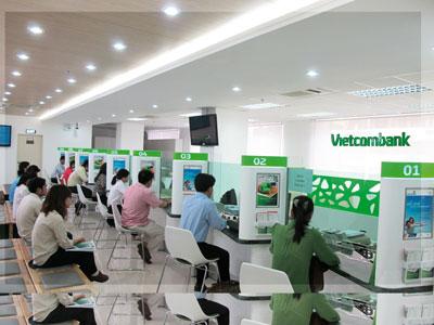 """Vietcombank trả lương """"khủng"""" từ sếp tới nhân viên - Ảnh 1"""