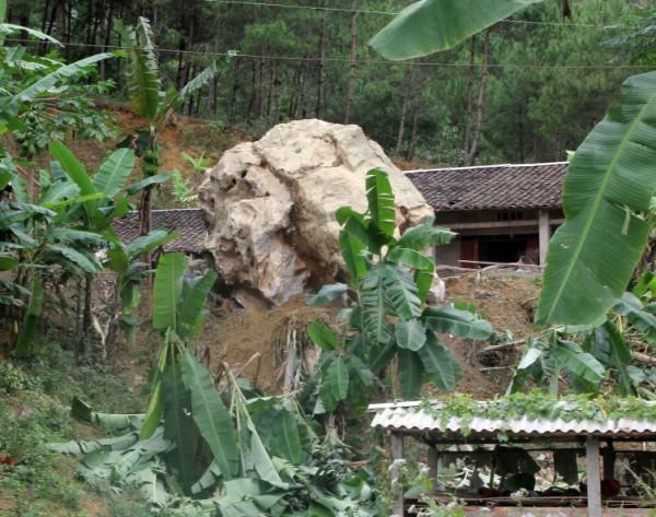 Cao Bằng: Lở núi nghiêm trọng, 7 người may mắn thoát chết - Ảnh 2