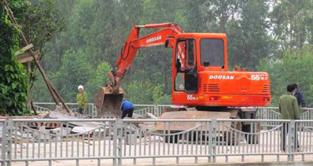 Phạt gia đình cựu Phó Chủ tịch tỉnh lấn 400m2 đất xây biệt phủ - Ảnh 2