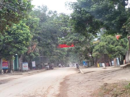 Động đất mạnh ở huyện Quan Sơn, người dân hốt hoảng tháo chạy - Ảnh 1
