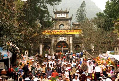 Những lễ hội Xuân cầu tài cầu lộc cầu may dịp Tết - Ảnh 1