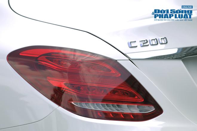 Chi 1,4 tỷ đồng bạn nhận gì từ Mercedes-Benz C200 mới? - Ảnh 5