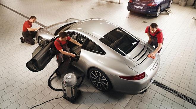 Porsche mang dịch vụ làm đẹp xe về Việt Nam ngày cuối năm - Ảnh 1