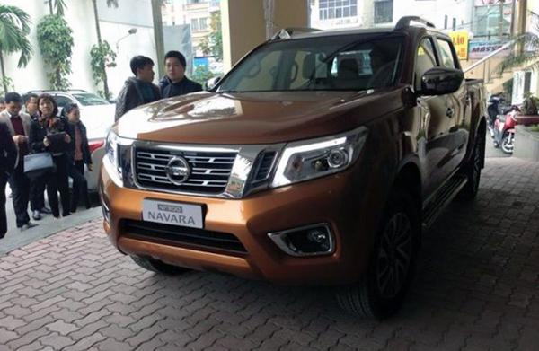 Hé lộ hình ảnh Nissan Navara 2015 đầu tiên tại Việt Nam - Ảnh 1