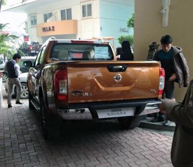 Hé lộ hình ảnh Nissan Navara 2015 đầu tiên tại Việt Nam - Ảnh 3