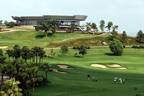 Miễn tiền đất cho đại gia sân golf Ngôi Sao Chí Linh gây xôn xao - Ảnh 1