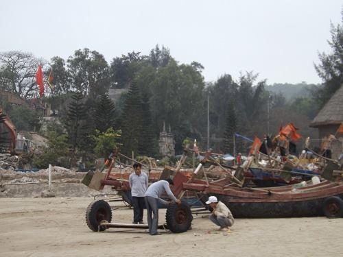 Thanh Hóa báo cáo Trung ương vụ ngư dân Sầm Sơn đòi bờ biển - Ảnh 1
