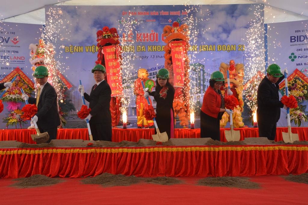 Khởi công xây dựng bệnh viện 1300 tỷ ở Nghệ An - Ảnh 2