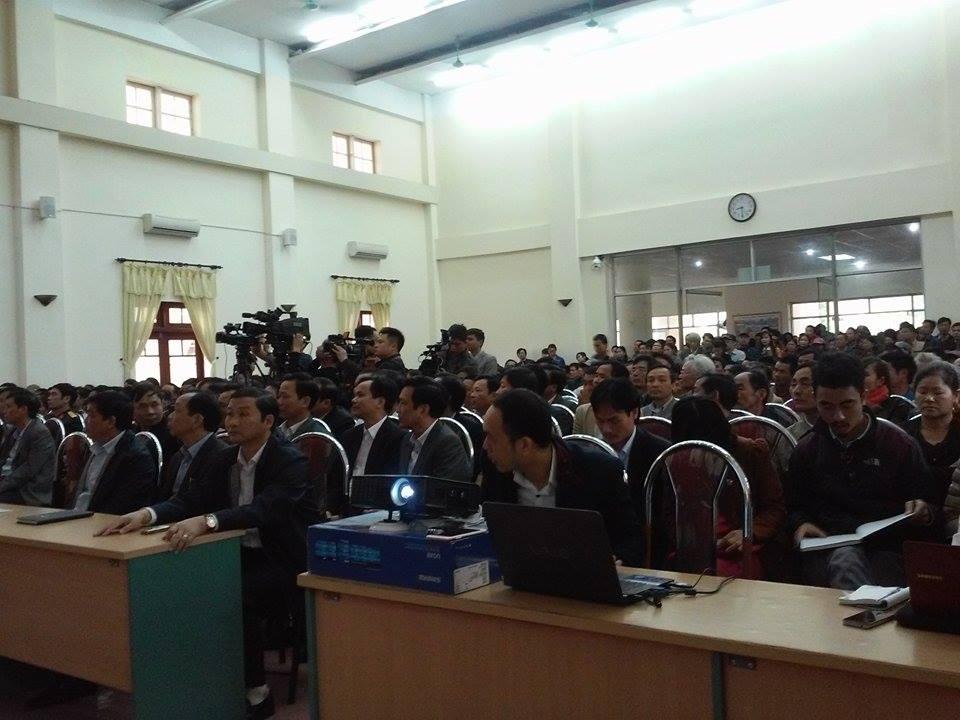 """Nhìn lại cuộc """"đại náo"""" của ngư dân Sầm Sơn trong hơn 10 ngày qua - Ảnh 3"""