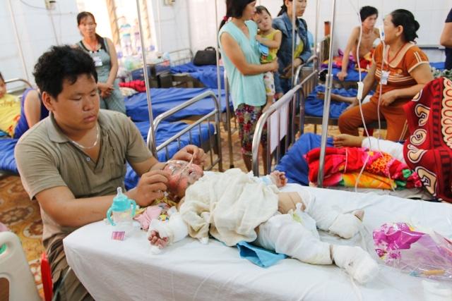 Vụ chồng tẩm xăng đốt vợ ở Đắk Lắk: 2 nạn nhân tử vong - Ảnh 1