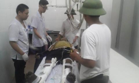 Vụ nổ xe khách ở Lào: Chuyển 2 nạn nhân bị thương ra Hà Nội - Ảnh 1