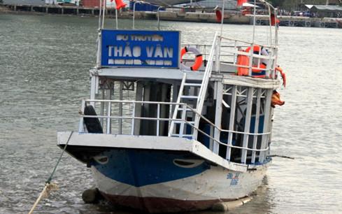 Bí thư Đà Nẵng 'cảm thấy xấu hổ' vì vụ chìm tàu trên sông Hàn - Ảnh 1