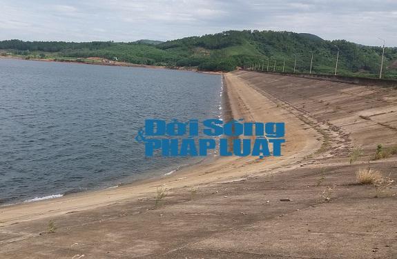 Xả đập gần nơi chôn chất thải là do yêu cầu của Formosa - Ảnh 1