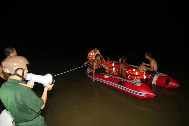 Tìm thấy thi thể 3 sinh viên bị lũ cuốn trôi ở Quảng Ninh - Ảnh 1