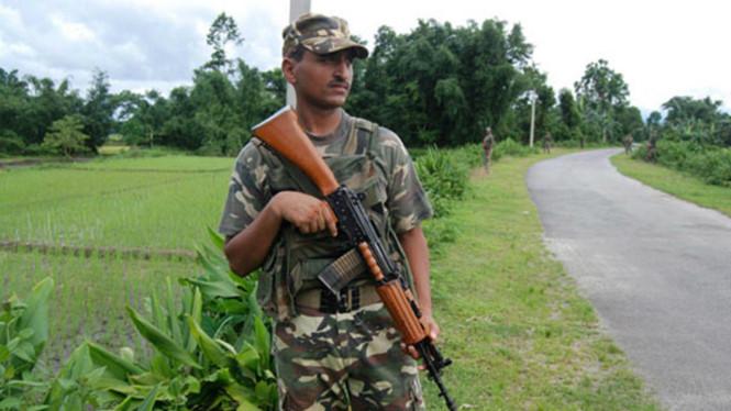 Ít nhất 14 người thiệt mạng trong vụ xả súng giữa chợ ở Ấn Độ - Ảnh 1