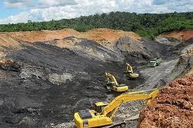 Phát hiện loạt doanh nghiệp khai thác khoáng sản phạm luật - Ảnh 1