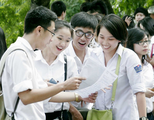 Kỳ thi THPT quốc gia năm 2015: Đối tượng được miễn thi các môn - Ảnh 1