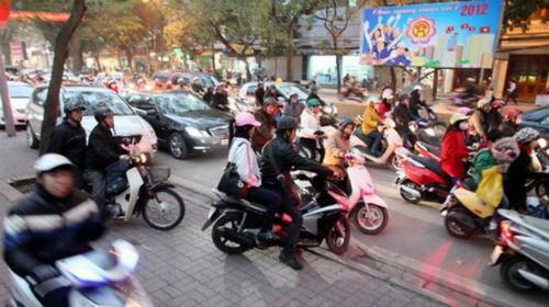 """Bộ trưởng Thăng: """"Hà Nội triển khai bãi đỗ xe ngầm quá chậm"""" - Ảnh 1"""
