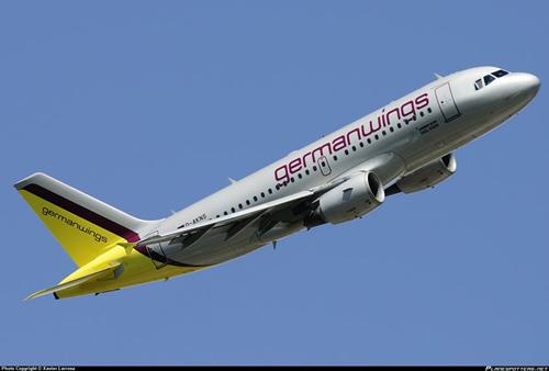 1 máy bay nữa của Germanwings phải chuyển hướng do gặp sự cố - Ảnh 1