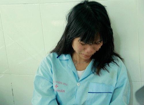 Nữ sinh cắt tay tự tử vì cho rằng cô giáo chèn ép - Ảnh 1