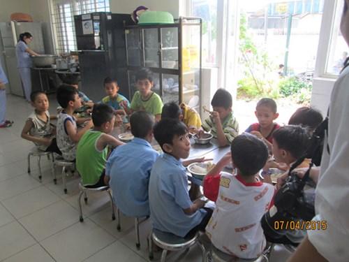 Vụ bảo mẫu hành hạ trẻ nhiễm HIV: Thanh tra Trung tâm từ ngày 7-15/4  - Ảnh 1