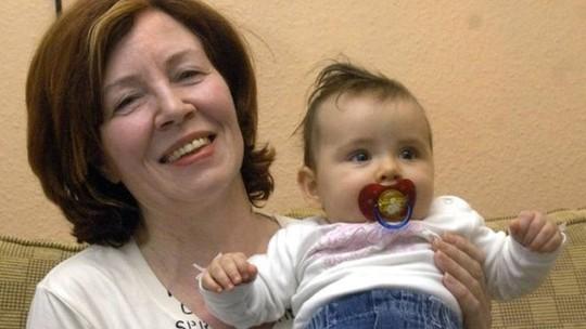 Kinh ngạc bà mẹ 65 tuổi mà vẫn sinh tư - Ảnh 2