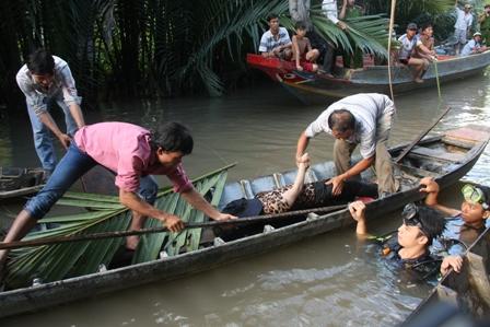 Về quê bạn chơi, 2 nữ sinh viên tử vong dưới sông  - Ảnh 1