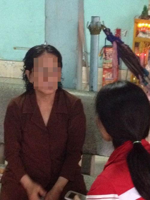 """Mẹ tố cáo con gái tiếp tay cho chồng hờ """"khủng bố"""" gia đình - Ảnh 1"""