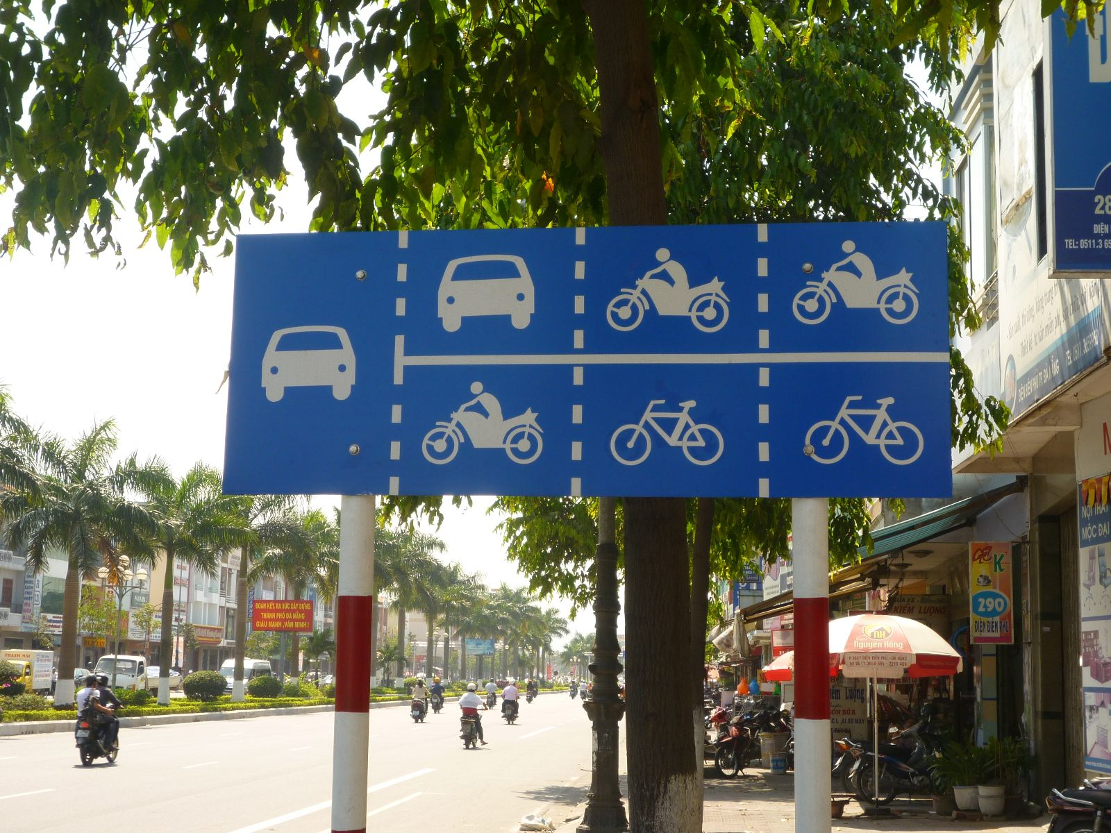 Quy định về sử dụng làn đường khi tham gia giao thông - Ảnh 1