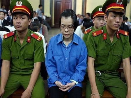 Đại án Huỳnh Thị Huyền Như: Truy nã Nguyễn Thị Phương Hoàng Trung - Ảnh 1