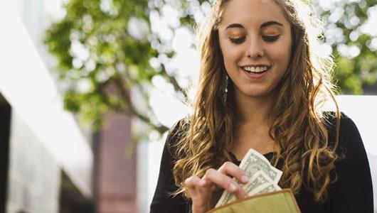 Cách tiêu tiền để luôn thấy mình hạnh phúc - Ảnh 1