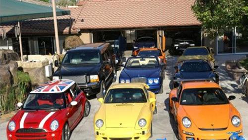 Ngắm bộ sưu tập siêu xe khủng của những chàng rể đại gia showbiz Việt - Ảnh 1