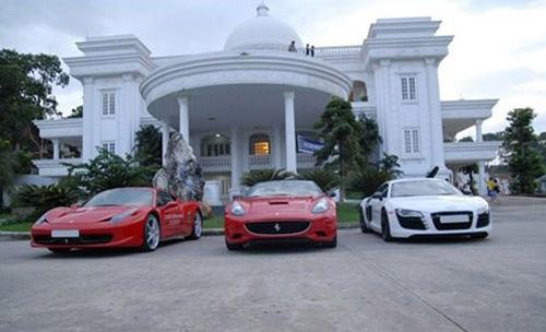 Ngắm bộ sưu tập siêu xe khủng của những chàng rể đại gia showbiz Việt - Ảnh 2