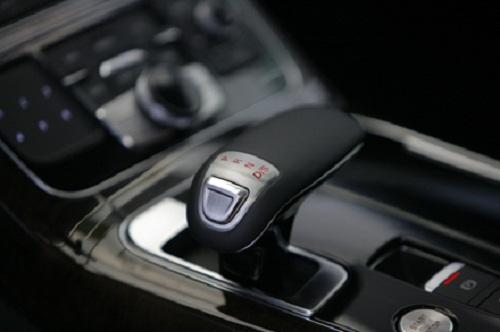 Siêu xe gây tai nạn của Hồ Ngọc Hà có thể tăng tốc 0-100 km/h trong 5 giây - Ảnh 9