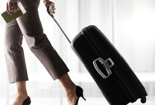 Cách chọn vali phù hợp cho chuyến du lịch 30/4-1/5 - Ảnh 2