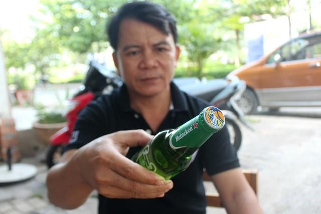 """Chai bia """"lạ"""": Nhãn Heineken nhưng nắp là của Tiger - Ảnh 2"""