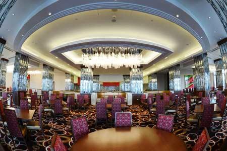 Bí quyết làm giàu của tỷ phú sở hữu casino tỷ đô ở Việt Nam - Ảnh 2